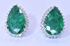 5.56 Ct Emeralds and Diamonds earrings NO reserve price!