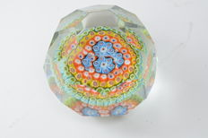 "A.VE.M.  (Murano) - Rare faceted paperweight with ""Murrine"""