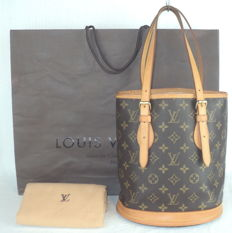 Louis Vuitton Monogram PM Bucket Hand/Shoulder Bag