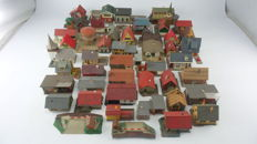 Vollmer/Faller/Pola/Kibri/Heljan Scenery H0 - 43-piece package with scenery for a town with various houses and buildings