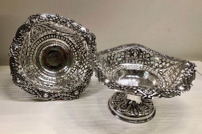 Pair of sterling Silver baskets, Birmingham - 1906