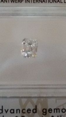 (0.42 ct) diamond D/IF