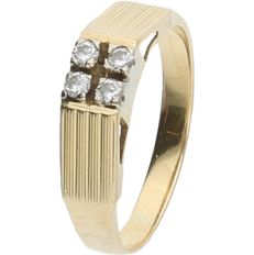 18 kt - Yellow gold ring set with 4 brilliant cut diamonds, approx. 0.12 ct in total - ring size: 18 mm