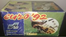 Panini - Euro '92 Sweden - Sealed / Unopened box with 100 packets - Factory seal.
