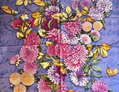Mantero - Lilac scarf with multicoloured floral design