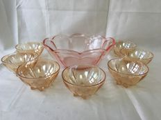 Retro Punch set in high shine pink Jeanette glass, bowl with 7 cups
