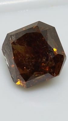 2.80 ct - Radiant - Brown - SI2