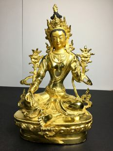 Large depiction of Green Tara in an alloy of gold-patinated copper - Nepal - early 21st century