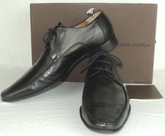Louis Vuitton Leather Lace Up Derby Shoes
