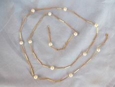 18 k Yellow gold and Pearl Necklace - 1 m long