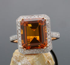 Citrine brilliant ring, total of 7.79 carat, 1 intensive orange-coloured citrine, 750 rose gold ---No reserve price---