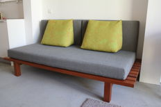 Producer unknown - design slatted bench / sofa / sofa bed / daybed