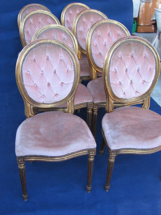 Eight chairs in gilt wood - Louis XVI style - Italy, ca. 1950