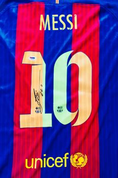 Messi #10 / Fc Barcelona - Authentic Signed Home Jersey - with Certificate of Authenticity PSA/DNA