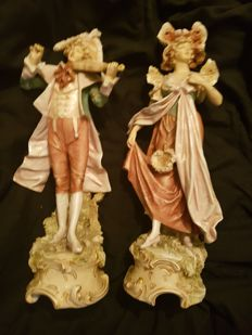 Royal Dux - 2 figurines musicians number 316 & 317
