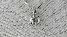 0.81  ct D/VS2 round diamond pendant in 14 kt white gold