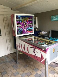 Pinball machine Bally Wiggler