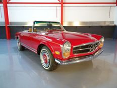 "Mercedes-Benz - 280SL ""Pagoda"" Roadster (Descapotable) - 1969"