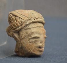 Pre-Colombian head of a statue/idol - 6 cm