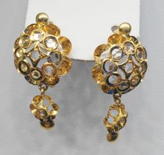 Earrings in 18 kt yellow gold with zirconias - Length: 2.6 cm
