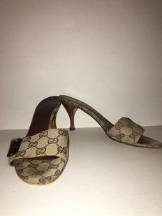 "Gucci - women's sandals - very ""gucci"""