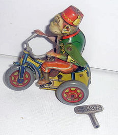 "Arnold, Germany - height 10 cm - steel monkey ""Bobby"" on trike, powered by clockwork, 1930s"