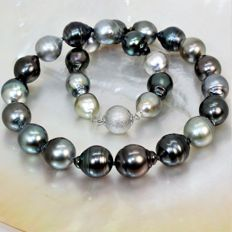Beautiful necklace Ø 11x13,3mm - Tahiti cultured pearls natural multicolour - 925Silver clasp
