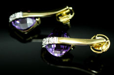 Earrings in 18 kt gold // Amethysts // diamonds *NO RESERVE PRICE*
