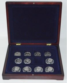 Russia - 11 silver 5 and 10 roubles 1977-1980 Olympic Games