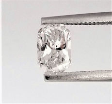 Radiant Cut  - 0.65 carat - E color -  SI1 clarity - 2 x EX - Natural Loose Diamond - Comes With IGL Certificate + Laser Inscription On Girdle