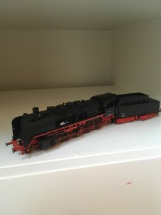 Märklin H0 - From starter set 29500 - Steam locomotive with tender BR 50 of the DB,with smoke generator