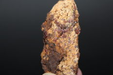 Natural Painite  Rought( Untreated ) 152.90 ct