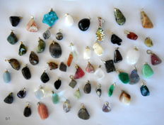 Large Lot of semi-precious stone and mineral Pendants - 12 to 34 mm 160 grams  (55)