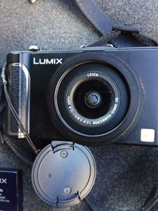 Panasonic Lumix DMC-LX3 camera, Leica lens