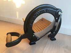 Raadvad - bread slicer, iconic Danish design in near mint condition