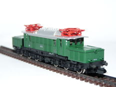 Arnold N - 2367 - Electric locomotive E94 'German Crocodile' of the DB