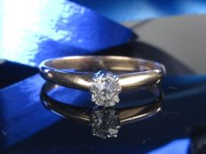 0.28 ct gold solitaire ring with diamond * no reserve price *