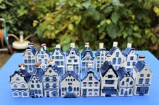 16 vintage KLM houses (Rynbende) from the sixties