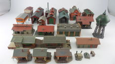 Vollmer/Faller/Pola/Kibri/Heljan Scenery H0 - 19-part scenery package incl. a locomotive shed, signal box, water tower, goods storage and transfer shed, and warehouse