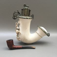 """Extremely rare, large meerschaum prestige pipe decorated with statue of """" Erzherzog Karl"""" - Hungary, ca 1880"""