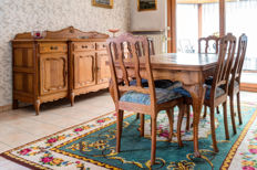 Oak dining room, consisting of a table, 6 chairs and sideboard in Louis XV-style