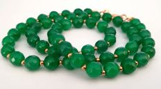19.2 kt – Emerald necklace with gold ring clasp