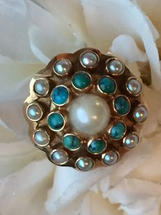 Gold ring with Turquoise and Freshwater Pearls, Amsterdam