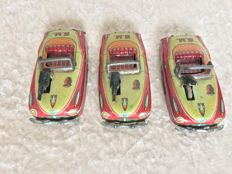 An., Japan - length 10 cm - lot with 3 tin GM cars with friction motor and flint mechanism, 1950s