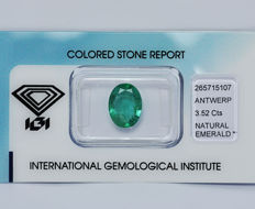 Green Emerald - 3,52 ct