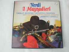 5 boxes (15 records) with Opera's of the composer Verdi