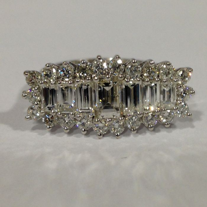 18k white gold baguette and round brilliant cut diamond cluster ring