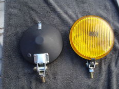 Two fog lamps of the brand BOSCH with a diameter of 160 mm