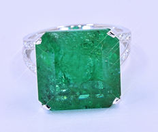 17.57 Ct Emerald and Diamonds ring NO reserve price!