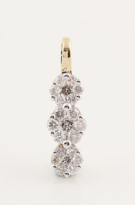 14 kt yellow gold diamond pendant, (21) brilliant cut diamonds, 0.26 ct in total, GH - VS2–SI1 / size: 16 x 4.5 x 3.5 mm / weight: 0.80 g.